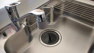 新しいステンレスって指紋が目立つ!シンプルな掃除方法は何?